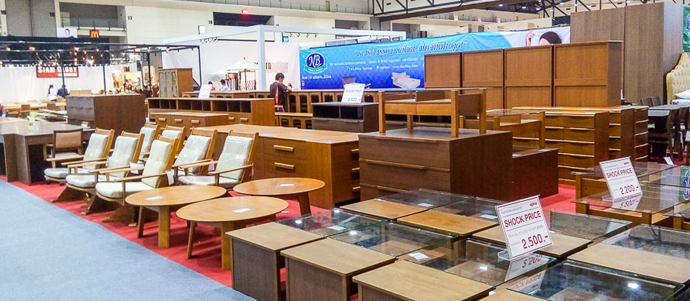TFIC Furniture Outlet 2016